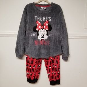 Disney Minnie Mouse Pajama Set